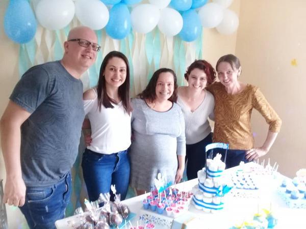 Taboão da Serra : Chá de bebê da Rita teve festa surpresa oferecida pelo Salão Beleza Pura