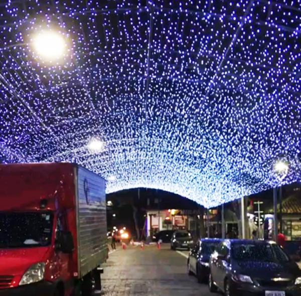 Matéria do Natal Iluminado de Embu das Artes viralisa na internet - Foto: PMEA