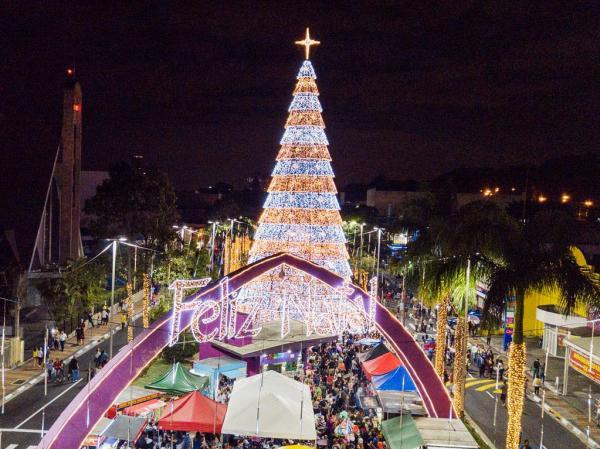 Barueri : Maestro João Carlos Martins e Orquestra Bachiana abrem Natal Encantado no dia 7