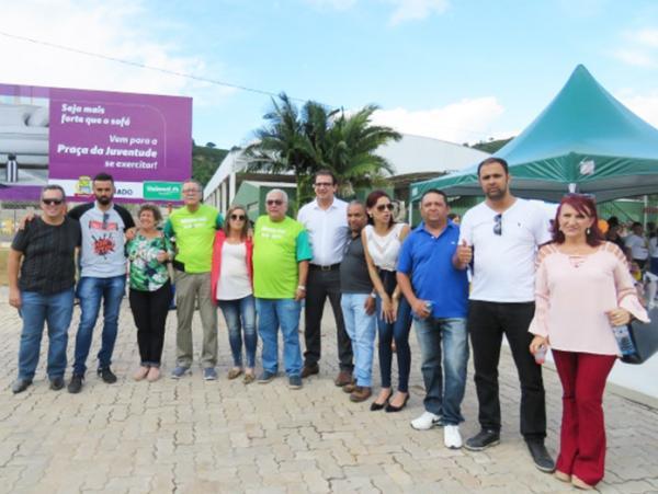 Machado MG : Praça da Juventude é revitalizada e entregue à comunidade
