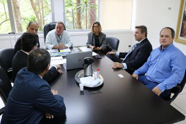 Durante este período, o presidente do Conisud, prefeito Jorge Costa, participou de várias reuniões de trabalho - Foto divulgação