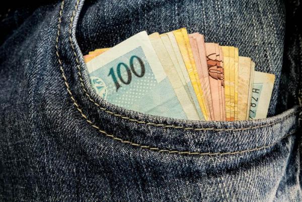 Veja se você terá direito ao saque de R$ 998 no Fundo de Garantia do Tempo de Serviço