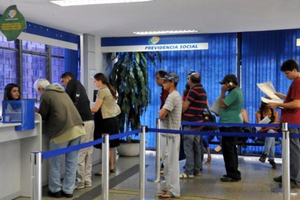 Brasil : INSS realiza força-tarefa para agilizar concessão de benefícios