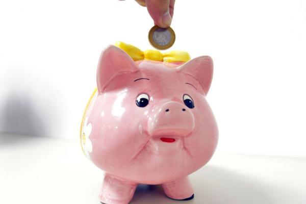 Migração da poupança para outros investimentos exige cuidado