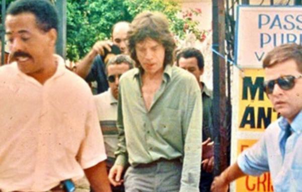 Integrante do Rolling Stones esteve em Embu das Artes
