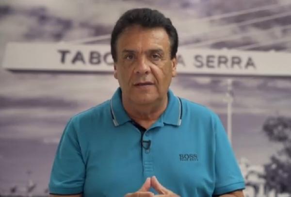 Prefeito de Taboão da Serra grava vídeo sobre o coronavírus