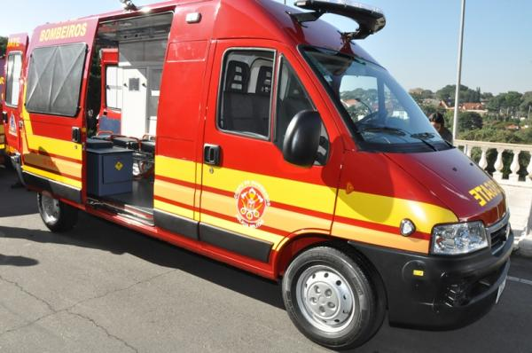 Taboão da Serra: acidente entre carro e moto deixa uma vítima