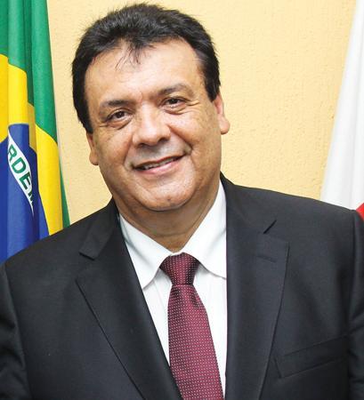 Com muito bom senso, Fernando Fernandes, atende uma reivindicação da população e retira a