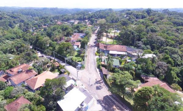 Itapecerica da Serra : Prefeitura realiza obras de asfalto na Estrada Ary Domingues Mandu
