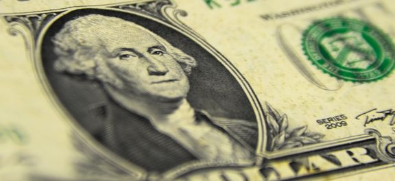 Dólar fecha nesta sexta-feira, 10 de agosto, na maior alta desde 16 de julho