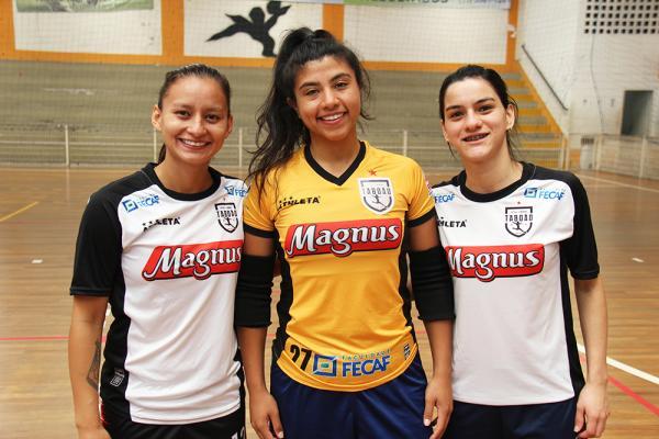 Atletas de Taboão concorrem ao prêmio Futsal Awards 2019 de melhores jogadoras organizada pelo site Futsal Planet. Foto: Ricardo Lima/PMTS
