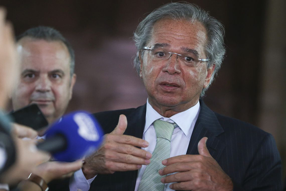 Ações para enfrentar a crise totalizam R$ 700 bi, diz Guedes