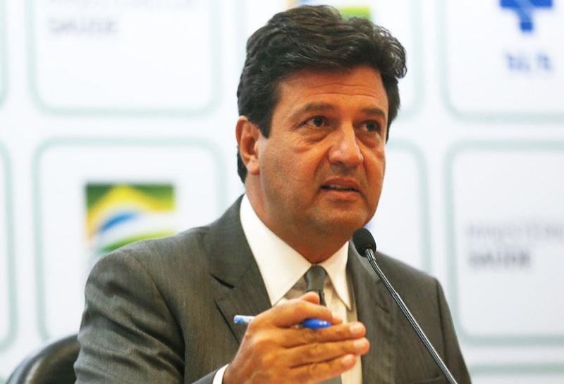 Ministro Mandetta informou neste sábado, 28, que o Brasil tem 3.904 casos e 111 mortes por coronavírus - Foto: ABr