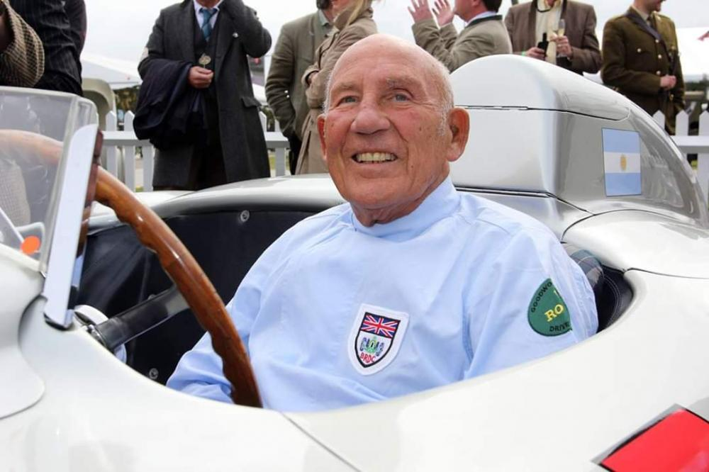 Morre Stirling Moss, ídolo da Era de Ouro da Fórmula 1, aos 90 anos