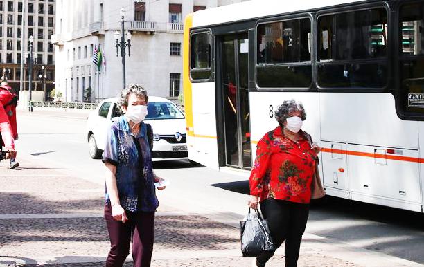 Decreto que obriga do uso de máscaras de proteção pela população passa a valer a partir de quinta, 23 - Foto: Rovena Rosa