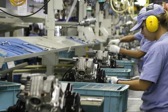 Economia : Confiança da indústria avança 2,4 pontos na prévia de maio