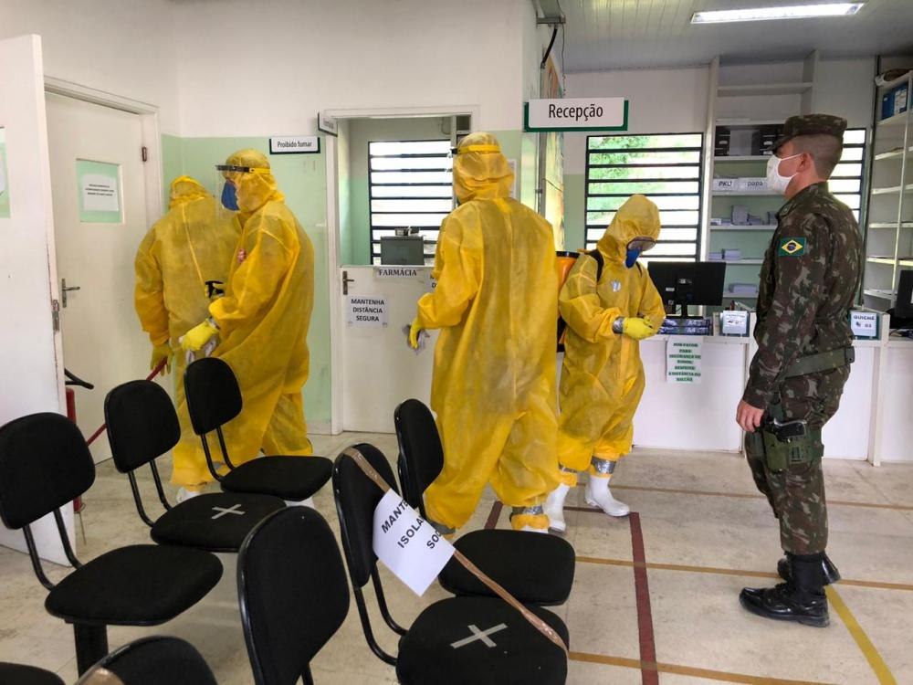 Exército e Prefeitura de Embu das Artes realizam desinfecção nas UBSs