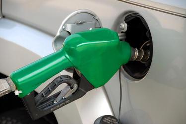 Aumenta o preço da gasolina e do diesel vendido nas refinarias