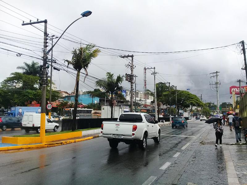 Taboão da Serra amanhece com tempo nublado e frio