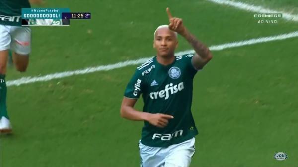 Palmeiras mostra força e vence Corinthians por 1 a 0 com time misto