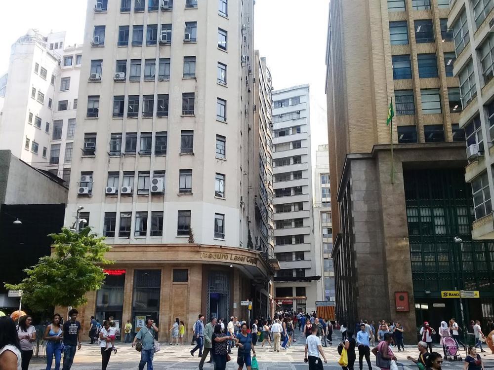 São Paulo tem queda de mortes por coronavírus em todo o estado