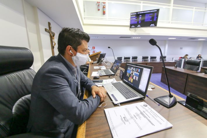 Vereadores de Taboão da Serra aprovam LDO e sessões presenciais voltam em agosto