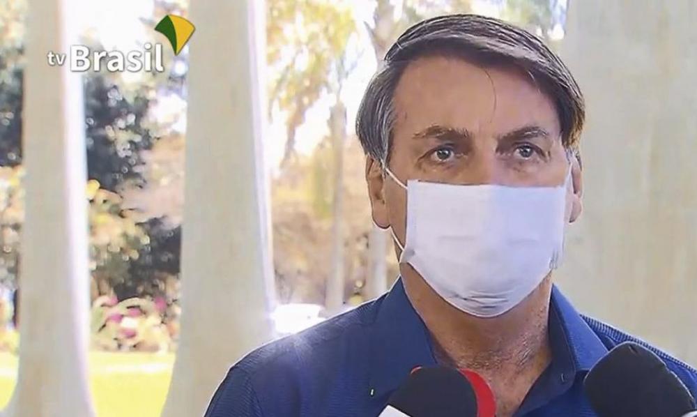 Presidente Bolsonaro testa positivo para para o novo coronavírus