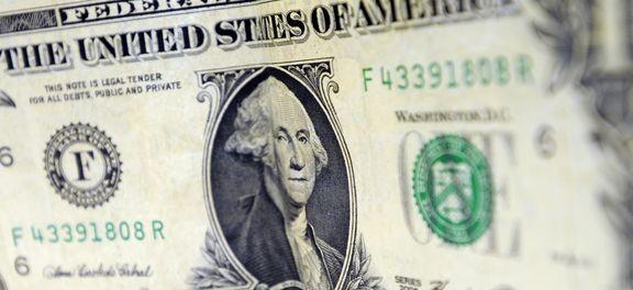 Dólar inicia o mês de outubro em baixa de 0,47%
