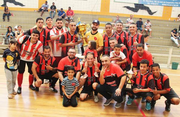 Equipe Bordon é campeão do Campeonato Municipal de Futsal da Segunda Divisão em Taboão da Serra