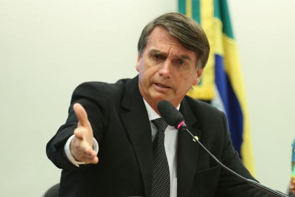 Presidente eleito Jair Bolsonaro quer doar sobra de campanha para hospital em Juiz de Fora