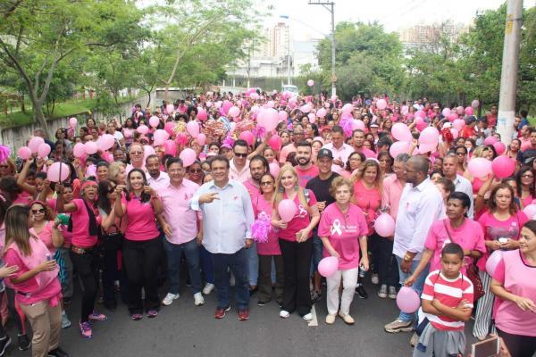Ações de prevenção e conscientização marcam campanha Outubro Rosa de Taboão da Serra