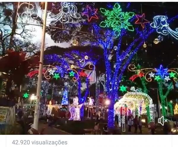 Decoração de Natal de Taboão da Serra repercute para 43 mil pessoas no Jornal SP Repórter