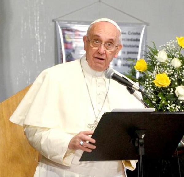 Papa Francisco comemora 82 anos e ganha festa de aniversário de crianças do Dispensário Pediátrico Santa Marta