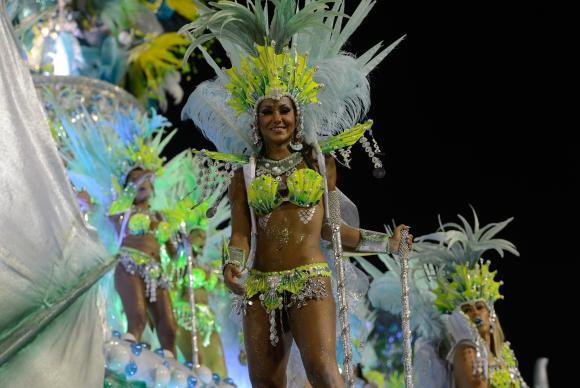 Escolas de samba de São Paulo iniciam ensaios técnicos para carnaval